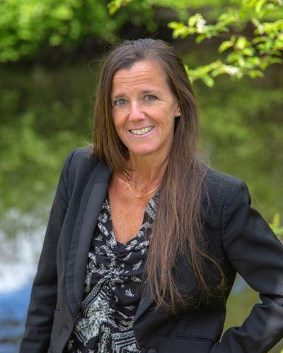 Anne Lind Ansvarig mäklare