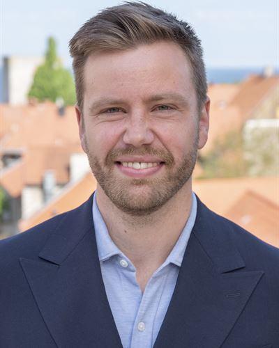 Pontus Lundgren Blivande mäklare