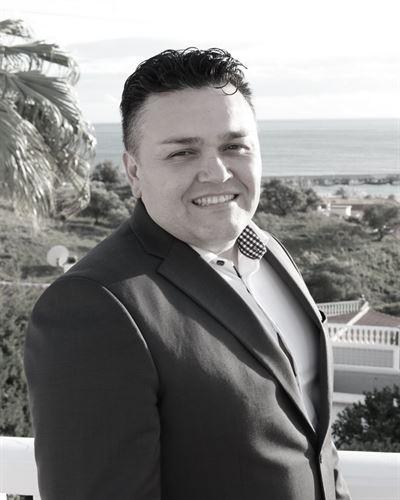 José San Martin Fastighetsmäklare / Delägare