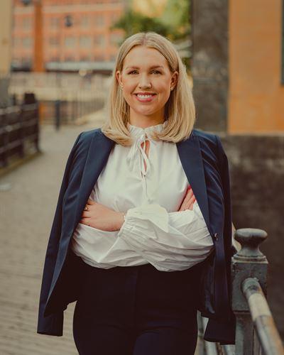 Lisa Engberg Ansvarig mäklare
