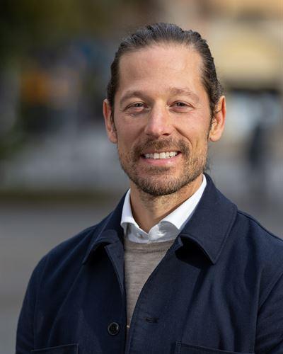 Andreas Olofsson Ansvarig mäklare