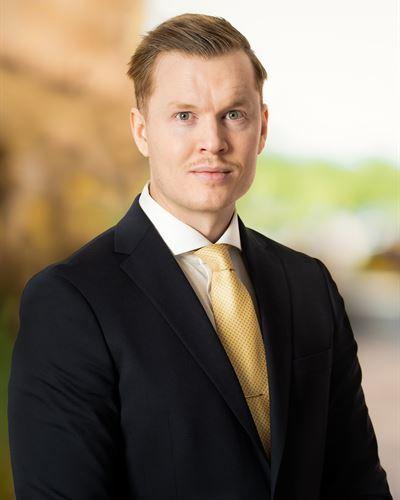 Simon Bernhardsson Assisterande mäklare