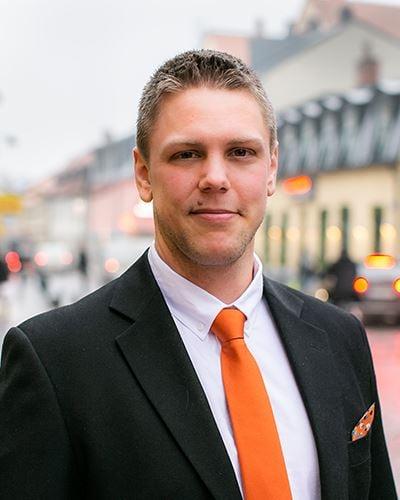 Carl-Anton Söderqvist Fastighetsmäklare / Delägare