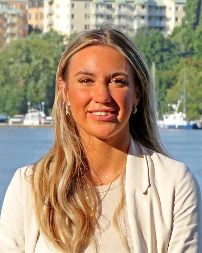 Miranda Andersson Fastighetsmäklarassistent