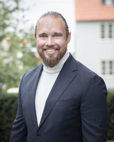 Robin Ivarsson Kontorschef / Fastighetsmäklare