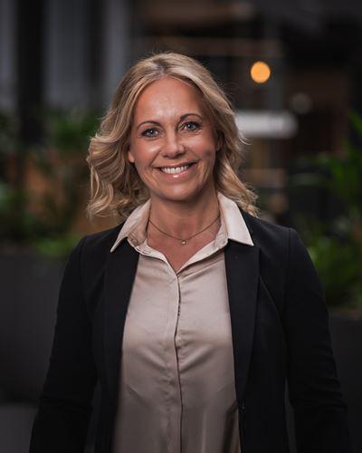 Jenny Olofsson Fastighetsmäklare