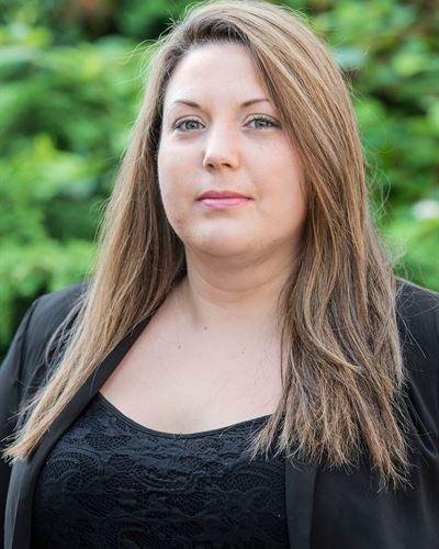 Jessica Kirk Fastighetsmäklarassistent