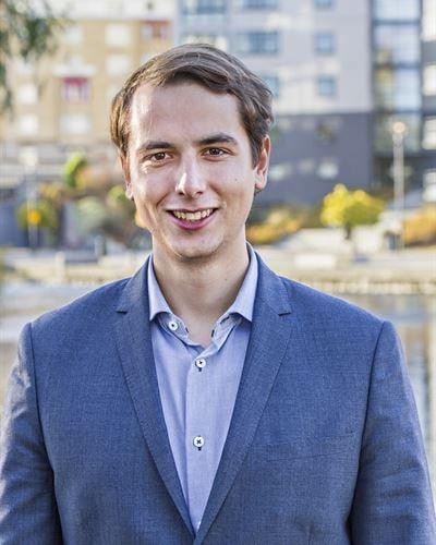 Carl Eklöf Blivande mäklare