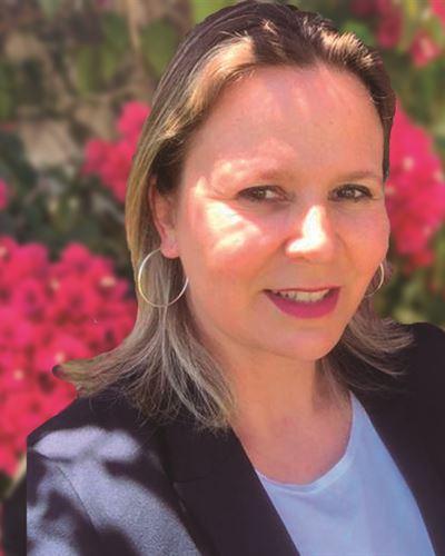 Sandra Gausaker Ansvarig mäklare