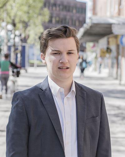Johan Bergh Fastighetsmäklarassistent