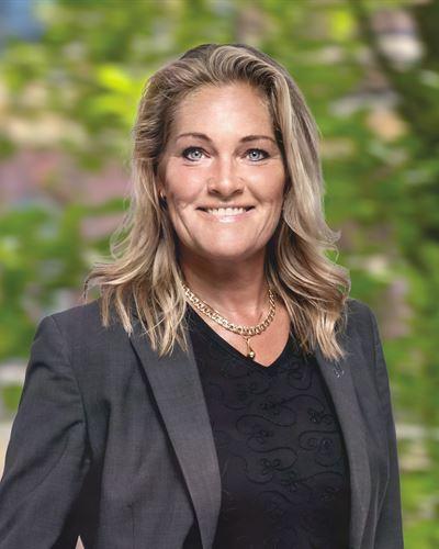 Carina Wallentin Fastighetsmäklare / Delägare