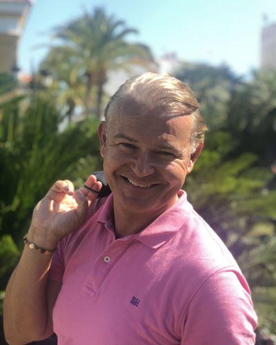 Andreas Strindholm Mäklare