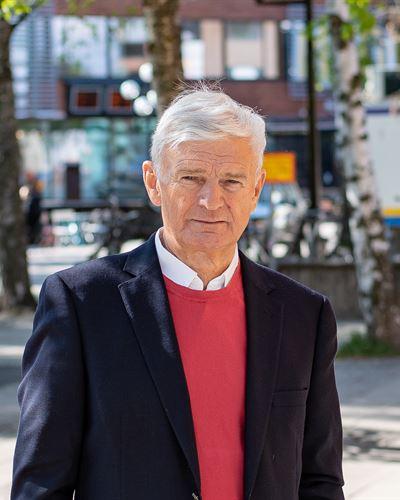 Jonas Bergh Ansvarig mäklare
