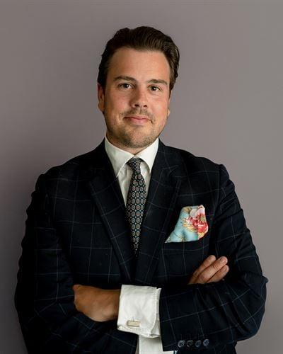 Sebastian Wallster Kontorschef / Fastighetsmäklare