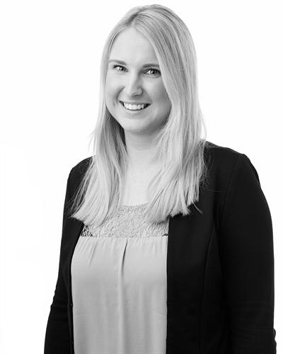 Amanda Käll Fastighetsmäklarassistent