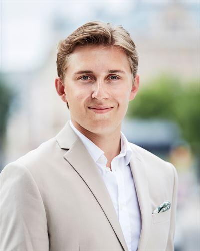 Felix Thunholm Blivande mäklare