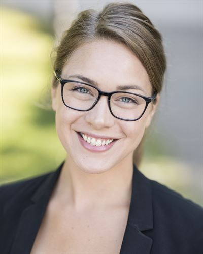 Anna Östlund Ansvarig mäklare