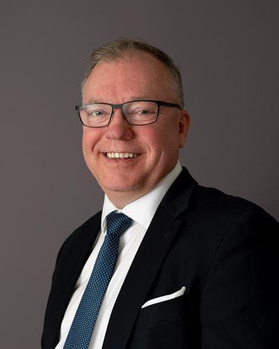 Johan Hallquist Ansvarig mäklare