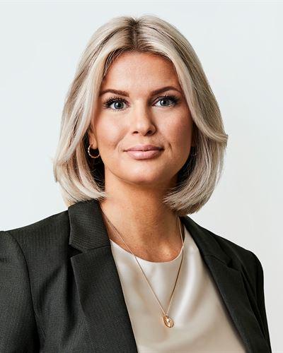 Emma Bogren Fastighetsmäklare