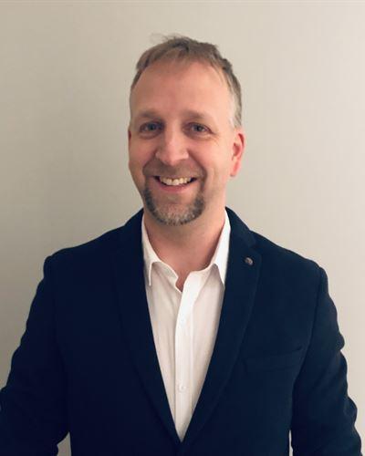 Pär Emilsson Ansvarig mäklare