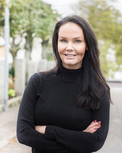 Caroline Jönsson Ansvarig mäklare