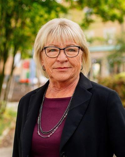 Yvonne Ulvegren Ansvarig mäklare