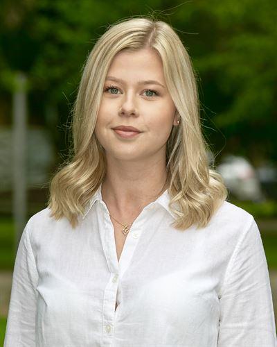 Amanda Persson Fastighetsmäklarassistent