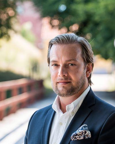 Jonny Svantesson VD/Fastighetsmäklare