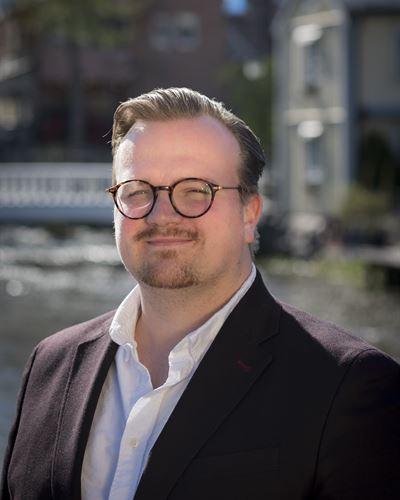 Niklas Davidsson Fastighetsmäklare