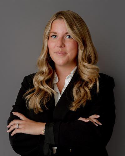 Danielle Wallster Fastighetsmäklare