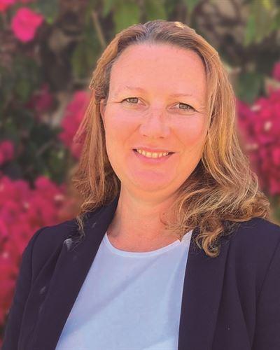 Eva Gausaker Ansvarig mäklare
