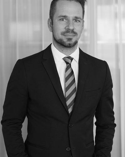 Pontus Jacobsson Fastighetsmäklare