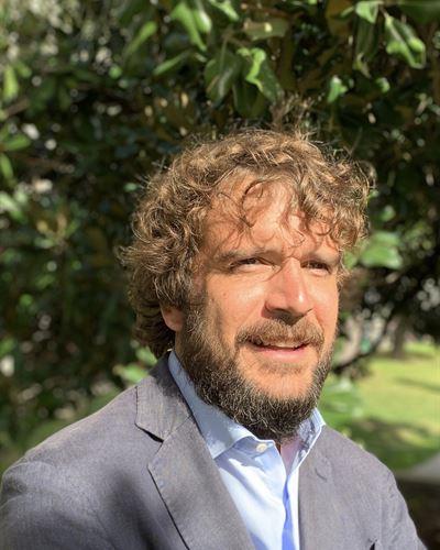 Carlos Pérez de Sevilla Ansvarig mäklare