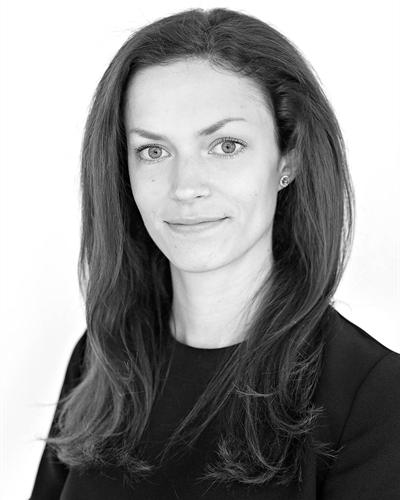 Sara Bäckström Assistent
