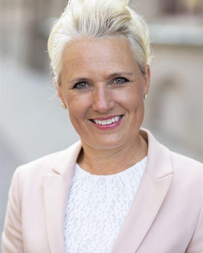 Malin Karlsson Fastighetsmäklare