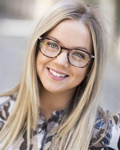 Natalie Lundgren Blivande mäklare