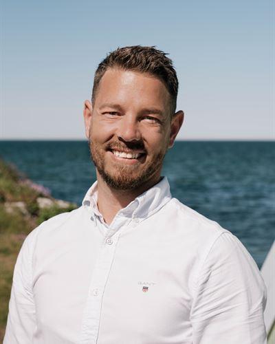 Alexander Fallström Blivande mäklare