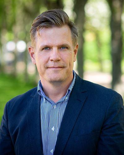 Ola Lindvall Assisterande mäklare