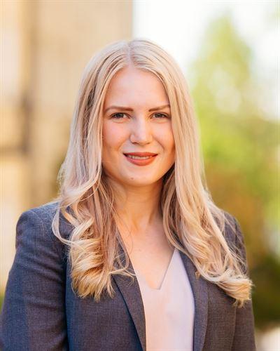 Amanda Persson Assisterande mäklare