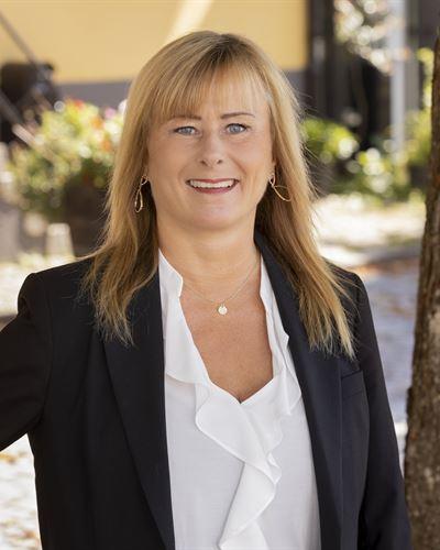 Lena D Nordström Fastighetsmäklare