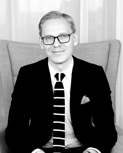 Martin Elmeskog Fastighetsmäklare