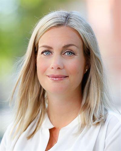 Stina Arnesson Ansvarig mäklare