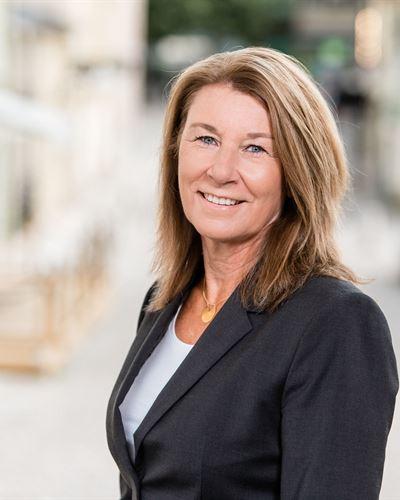 Eva Tell Rylander Fastighetsmäklare / Delägare