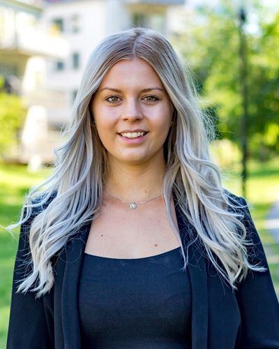 Ida Ankarstrand Fastighetsmäklarassistent