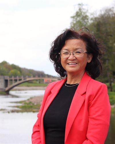 Maria Hellström Fastighetsmäklare / Delägare
