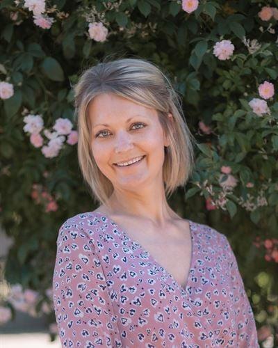 Helena Hallgren Assistent / Fastighetsmäklare