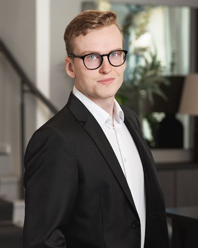 Tobias Backman Kontaktperson