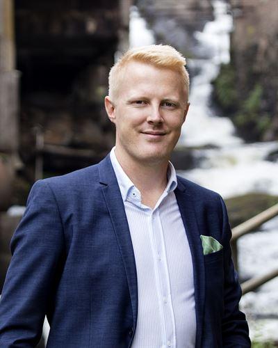 Emil Möller Assisterande mäklare