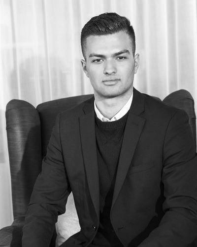 Semmy Beshtawi Assistent
