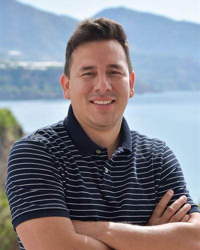 Nicola Briceño Fastighetsmäklare